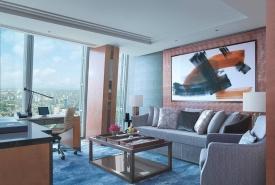 sla-premiershardsuite-livingroom