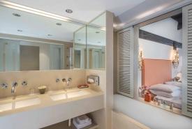 bathsuite3