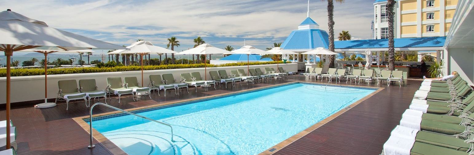 Hotel information elite luxury travel for Heated garden swimming pools